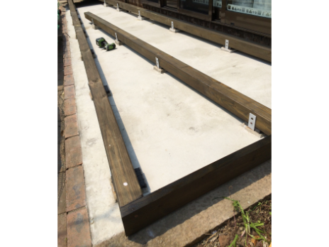 ウッドデッキのリフォーム施工過程の写真3